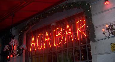 Acabar in Palermo Hollywood, where neon rules OK!