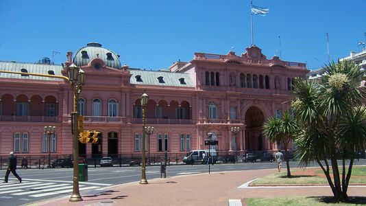 The Pink House in Plaza de Mayo