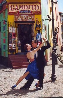 Tango dancers in Caminito, La Boca