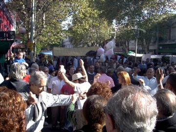 The crowds enjoying the Feria de Mataderos