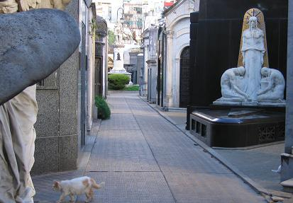 Art Deco Egyptian Style Tomb in Recoleta Cemetery. Plus a cat!