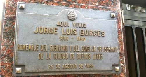 Borges Apartment